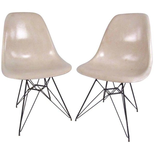 Vintage Charles Eames Eiffel Tower Fiberglass Side Chairs for Herman Miller For Sale - Image 11 of 11