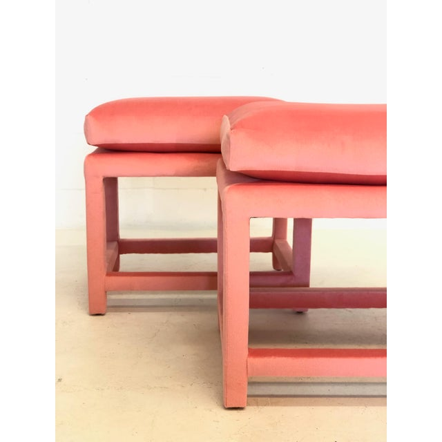 A Pair of Newly Upholstered Pink Velvet Parsons Stools For Sale - Image 4 of 6