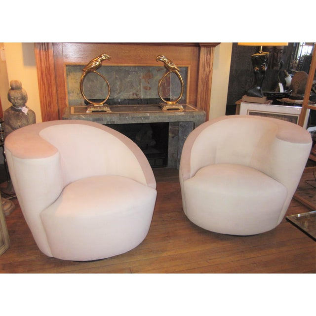1980s Vintage Vladimir Kagan Nautilus Swivel Chairs- A Pair For Sale - Image 12 of 12
