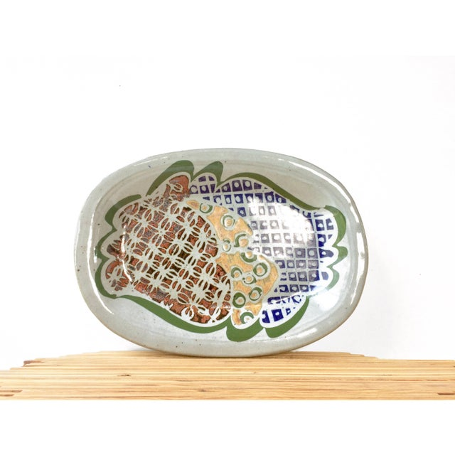 Mid-Century Modern Stoneware Serving Platter Dish With Abstract Geometric Design For Sale In Orlando - Image 6 of 6