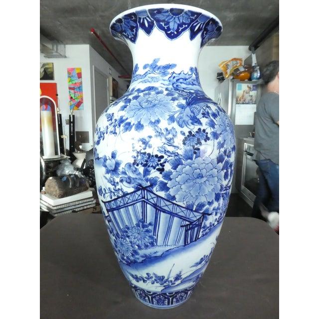 Palace Size 19th Century Antique Japanese Imari Vase For Sale - Image 10 of 10