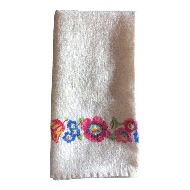 Vintage Colorful Flowered Napkins - Set of 5 For Sale