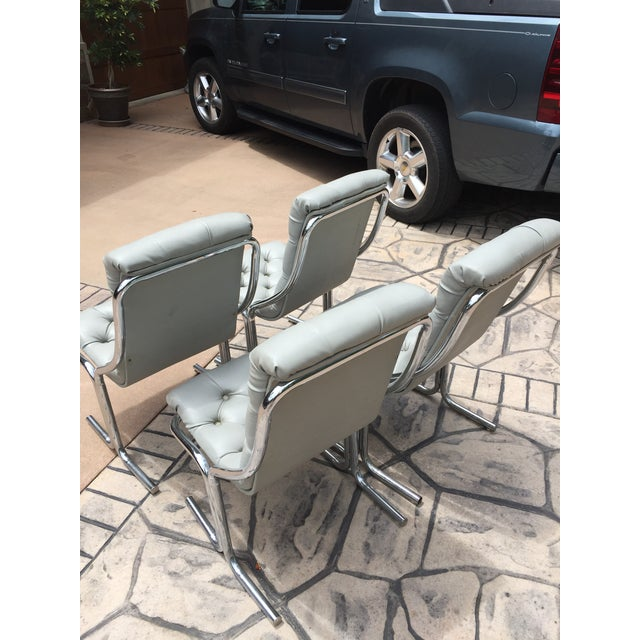 Mid-Century Modern 1970s Mid-Century Modern Chrome and Dove Gray Vinyl Chairs - Set of 4 For Sale - Image 3 of 4