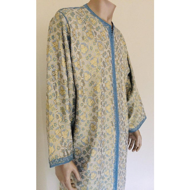 Islamic Metallic Blue and Silver Brocade 1970s Maxi Dress Caftan, Evening Gown Kaftan For Sale - Image 3 of 13