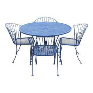 Mid-Century Modern Woodard Pinecrest Blue Wrought Iron Patio Set - 5 Pieces For Sale