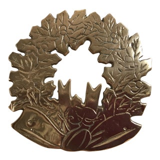 Mid Century Brass Holiday Wreath Trivet For Sale