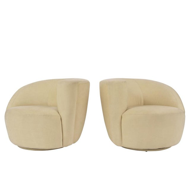 Pair of Vladimir Kagan 1970 Swivel Lounge Chairs For Sale - Image 10 of 10