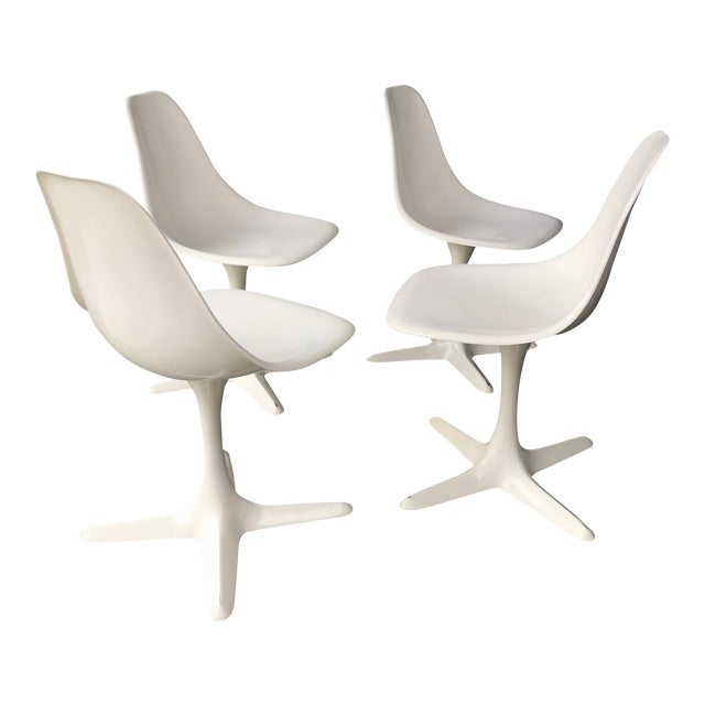 1960s Retro Burke White Tulip Fiberglass Chairs For Sale