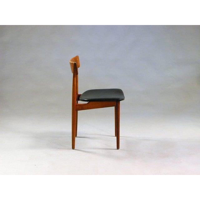 Danish Modern 1960s Henry Rosengren Hansen Model 39 Teak & Leather Dining Chairs - Set of 4 For Sale - Image 3 of 9
