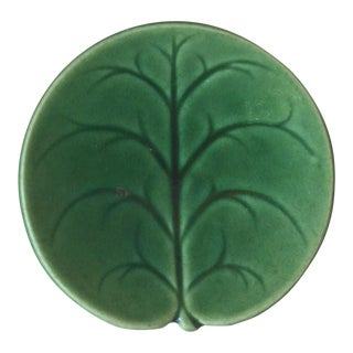 19th Century Etruscan Green Leaf Majolica Butter Pat For Sale