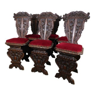 Italian Renaissance Revival 19th Century Antique Carved Walnut Set 6 hall or Dining Chairs For Sale