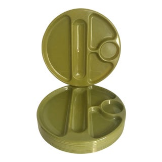 Mid-Century Avocado Green Molded Plastic Dinner Trays - Set of 12 For Sale