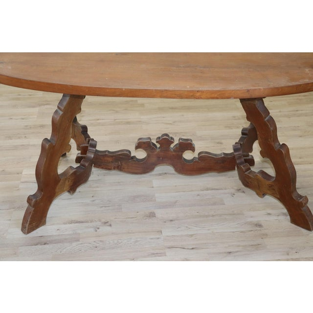 Brown 20th Century Italian Fratino Walnut Wood Oval Table With Lyre-Shaped Legs For Sale - Image 8 of 9