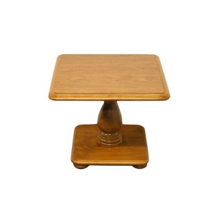 20th Century Early American Ethan Allen Heirloom Nutmeg Square Bunching Table For Sale