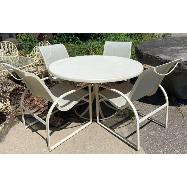 Mid Century Modern Woodard Margarita Patio Dining Set Table 4 Curved Chairs - Set of 5 For Sale - Image 10 of 12