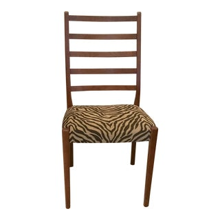 Mid-Century Swedish Modern Svegards Markaryd Animal Print Upholstered Side Chair For Sale