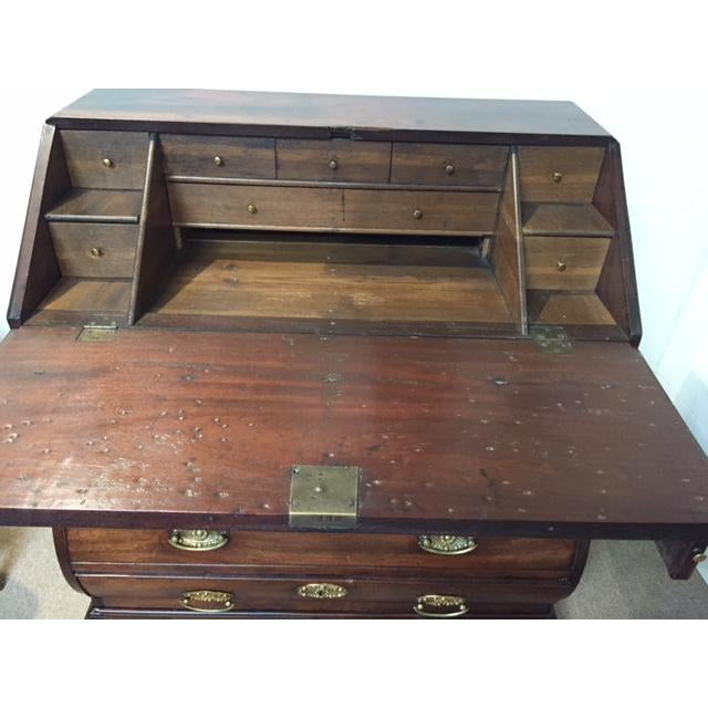 Mid 19th Century 19th Century Traditional Bombe Desk/Chest of Drawers For Sale - Image 5 of 13