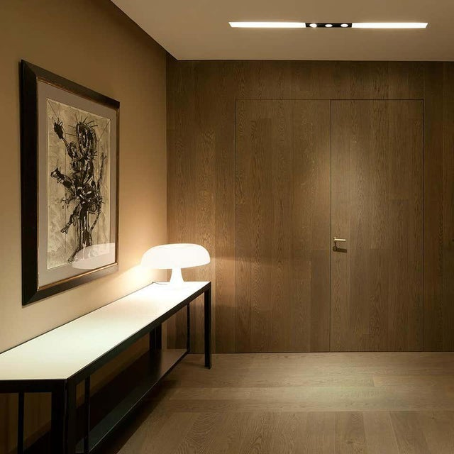 Giancarlo Mattioli 'Nesso' Table Lamp for Artemide For Sale In Los Angeles - Image 6 of 7