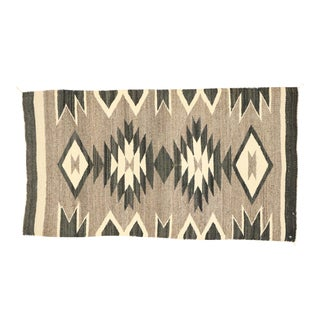 Native American Vintage Kilim Rug With With Navajo Two Grey Hills Style - 02'01 X 03'09 For Sale