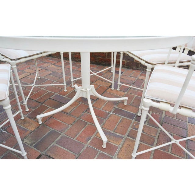 Mid 20th Century Vintage Brown Jordan Outdoor Cast Metal Patio Table and Chairs For Sale - Image 5 of 13