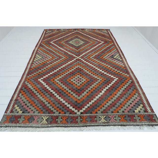 "Textile Vintage Turkish Kilim Rug-6'4'x9'2"" For Sale - Image 7 of 13"