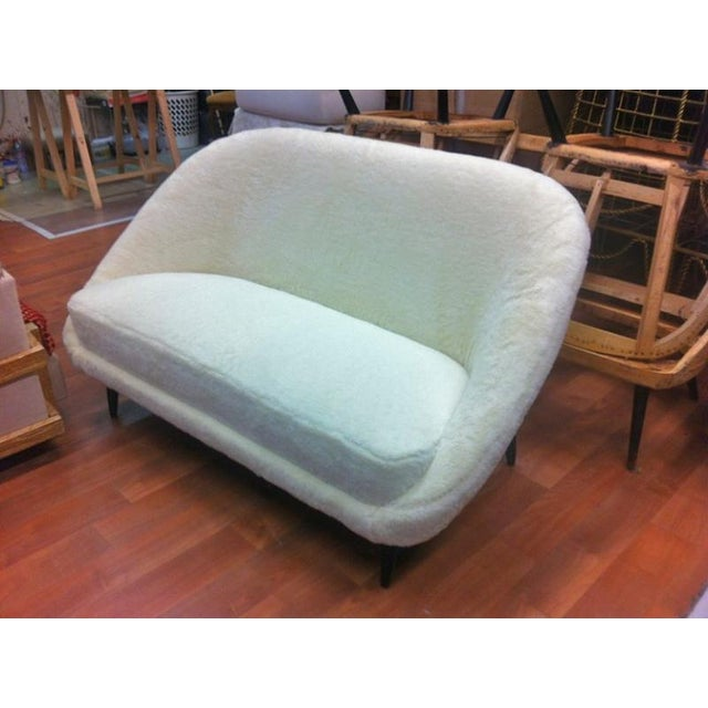 Theo Ruth for Artifort 1950s Couch Newly Reupholstered in Wool Faux Fur For Sale - Image 6 of 7