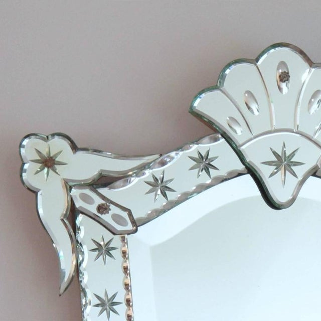 French 1940s Venetian Style Mirror Beveling and Star Etching For Sale - Image 4 of 7