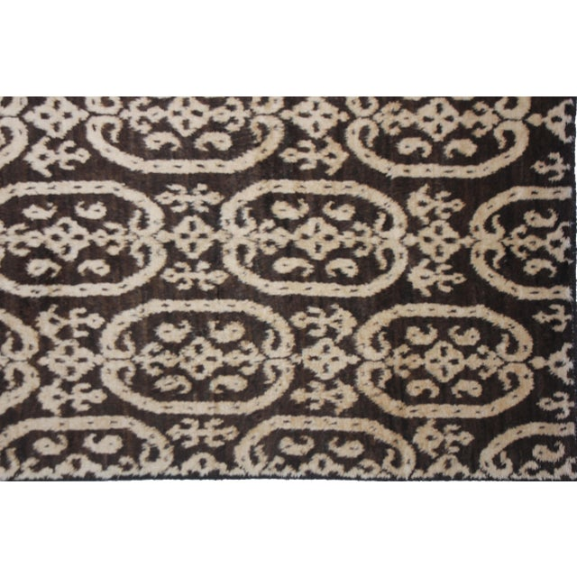 Modern Aara Rugs Hand Knotted Ikat Rug- 6′ × 9′6″ For Sale - Image 3 of 4