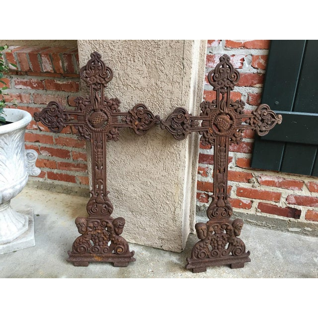 1900 - 1909 Antique French Cast Iron Cross Crucifix Chapel Garden Architectural Cemetery For Sale - Image 5 of 7