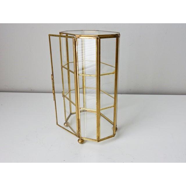 591659b82de 1950s Vintage Large Brass Glass Display Case Curio For Sale - Image 5 of 10
