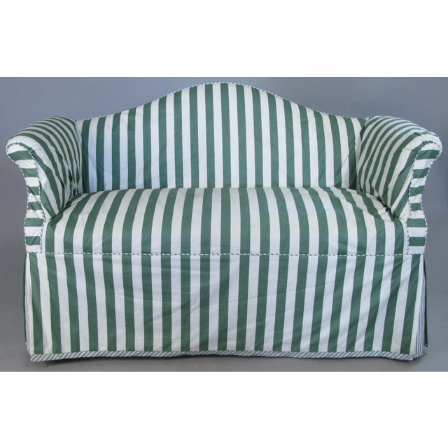 Chippendale Petite Camelback Settees With Slipcovers in Green & White - a Pair For Sale - Image 3 of 10