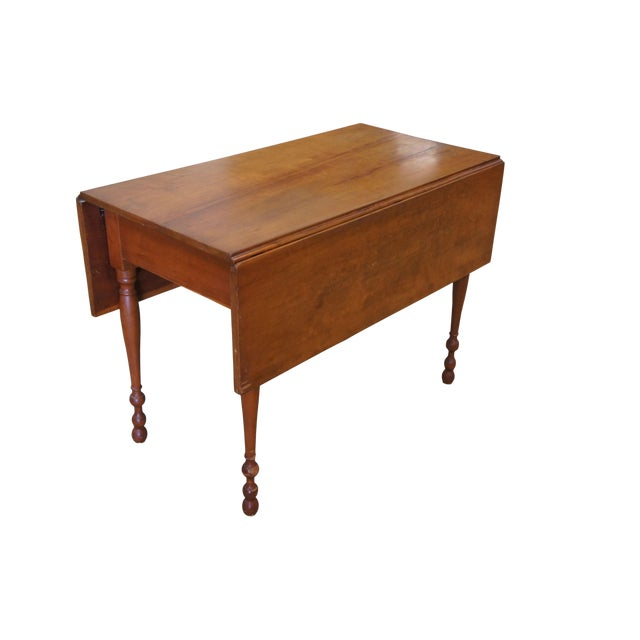 1900s Early American Style Solid Pine Drop Leaf Dining Table For Sale
