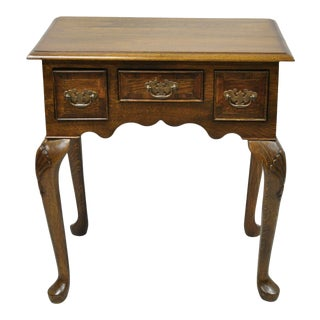 Vintage English Queen Anne Style 3 Drawer Small Oak Wood Lowboy Side Table Chest For Sale