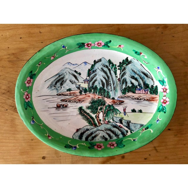 Great little Asian dish! would make an excellent soap dish or accent piece for a table. Made of enameled copper. Floral...
