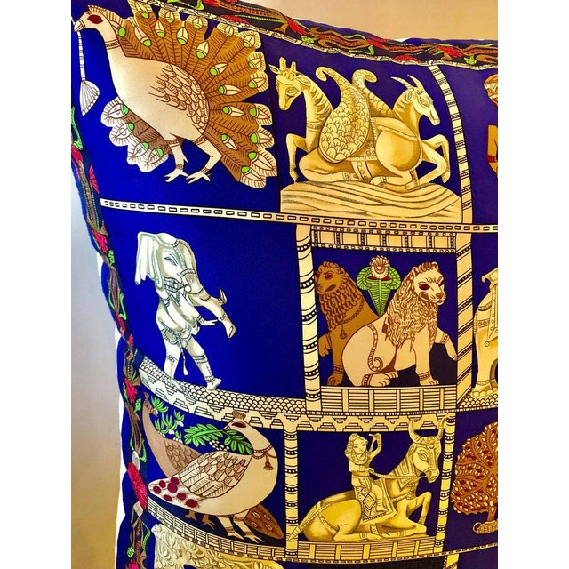 """Silk Enormous French Hollywood Regency Style Hermès """"Torana"""" Silk Stuffed Pillow For Sale - Image 7 of 11"""