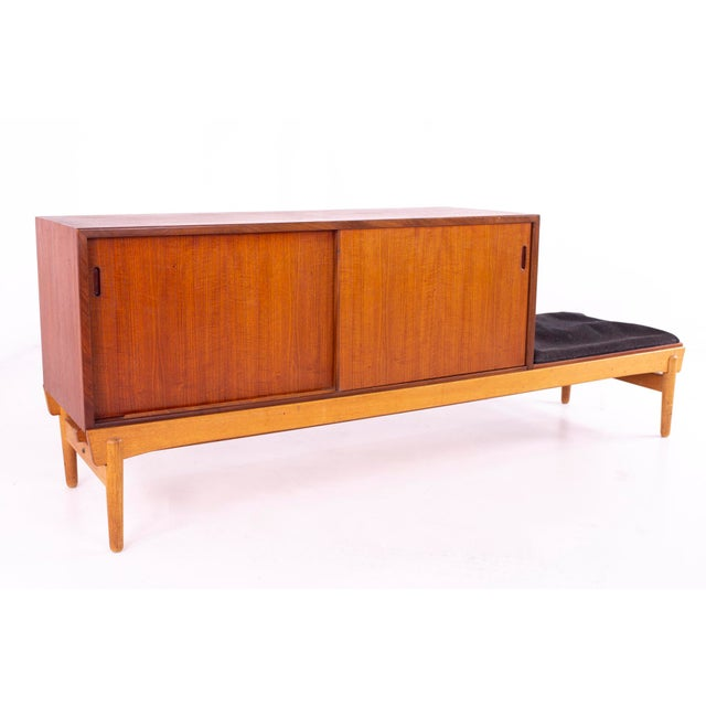 Wood Danish Teak Mid Century Reversible Seat Foyer Entry Storage Bench For Sale - Image 7 of 9