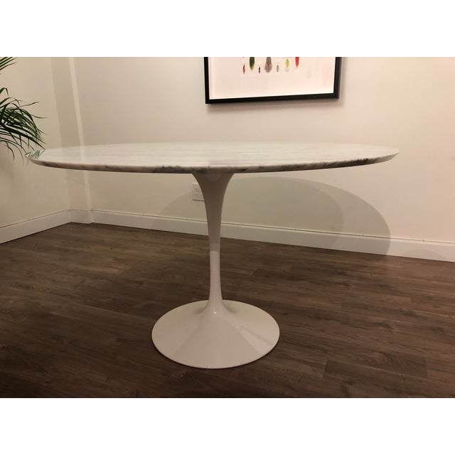 Room and Board Carrara Marble White Tulip Table For Sale In New York - Image 6 of 6