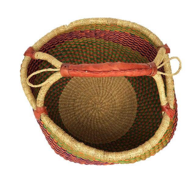 1980s Large African Bolga Ghana Market Basket For Sale - Image 5 of 7