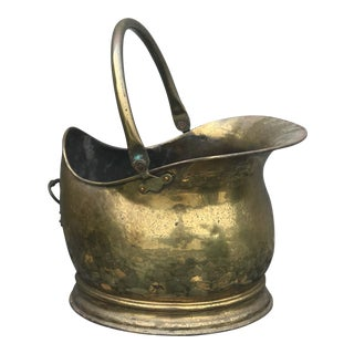 20th Century Traditional Brass Coal Bucket With Rotating Handle For Sale