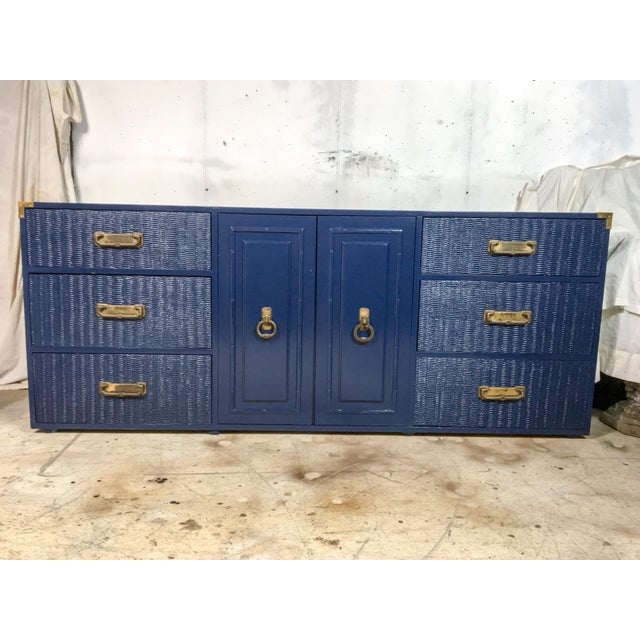 1960's Campaign Style Navy Lacquered Credenza For Sale In Miami - Image 6 of 6