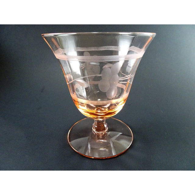 Early 20th Century Vintage Depression Era Etched Blush Pink Short Stem Glasses- Set of 6 For Sale In Seattle - Image 6 of 8