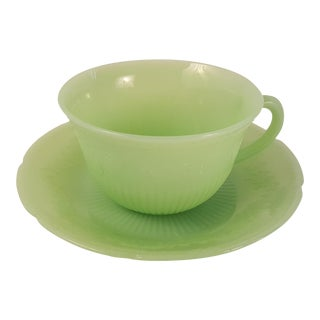Anchor Hocking Alice Jadeite Glass Cup and Saucer For Sale