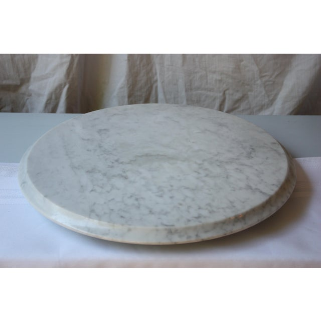 This a large round marble pastry and serving board will be one of your favorite kitchen helpers. The perfect kitchen...