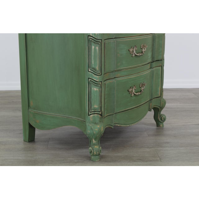 Pair of French Provincial Nightstands, Mid Century Nightstands, Green Nightstand, Shabby Chic Nightstands For Sale In Miami - Image 6 of 11