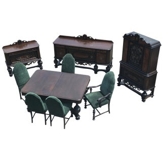 Antique Royal Victorian Carved Mahogany Dining Room Set For Sale
