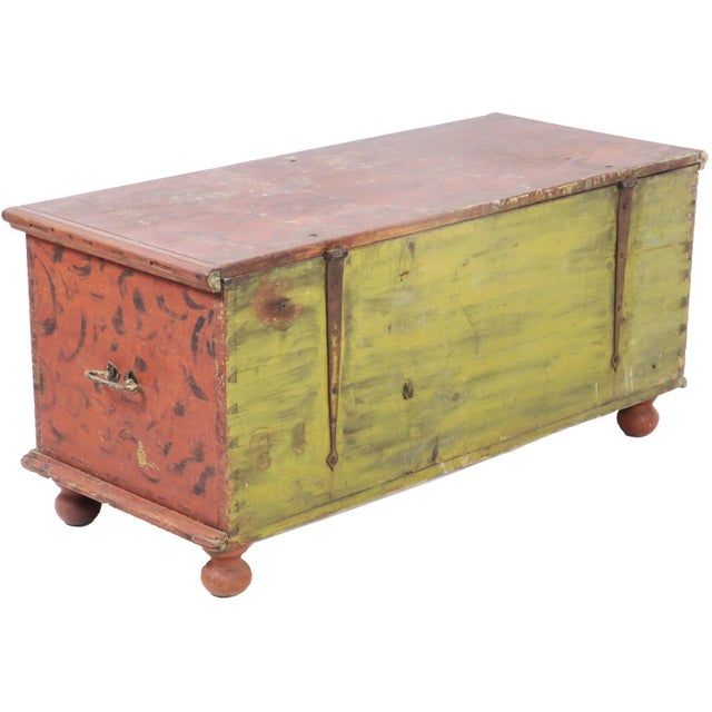 Early 19th Century Antique Primitive Red Paint Trunk For Sale - Image 4 of 13