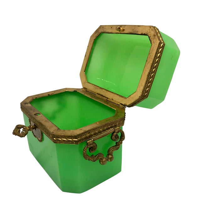 Late 19th Century 19th Century French Green Opaline Glass Casket For Sale - Image 5 of 8
