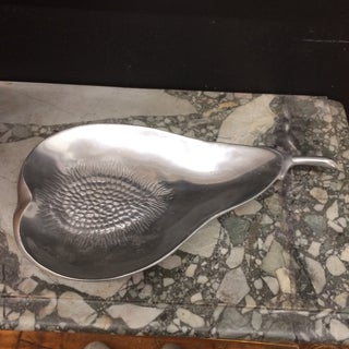 Serving Dish - Pear Shaped Preview