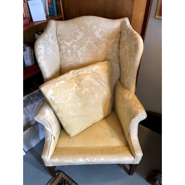 1960s Vintage High End American Hepplewhite Wing Back Chair For Sale - Image 4 of 9