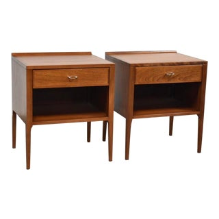 Heywood Wakefield Contessa Nightstands- a Pair For Sale